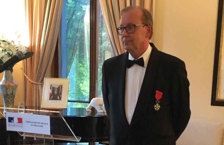 Kunnialegioonan ritarimerkki Jussi Nuortevalle - La France en Finlande - Ambassade de France à ...